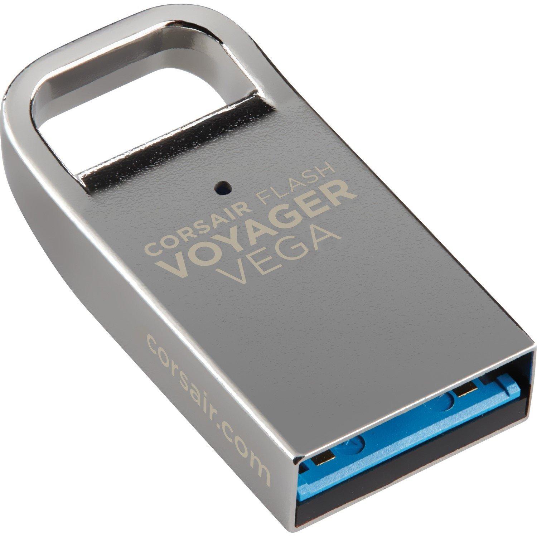 Corsair Flash Voyager Vega 32 GB USB 3.0 Flash Drive